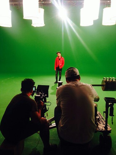 G-Dragon - Tower of Saviors - 2014 - BTS - 19