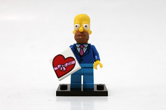 LEGO The Simpsons Minifigures Series 2 (71009) - Homer