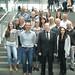 Achim Barchmann mit der Besuchergruppe von Schnellecke Logistics