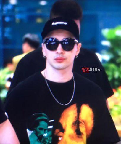 GD YB Dae arrival Seoul 2016-06-13 (30)