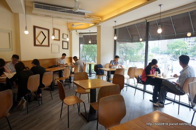 17517215262 70788fc457 o - 【台中西區】MOCHA JANE'S cafe 摩卡珍思-平價早午餐,附飲品,奶茶好喝!(已歇業)