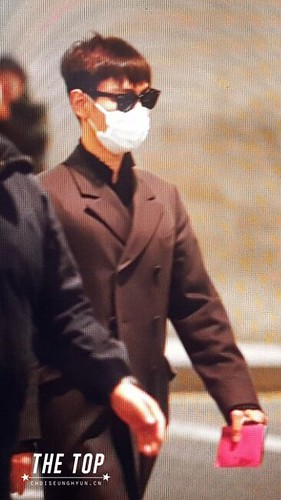 Big Bang - Incheon Airport - 27mar2016 - The TOP - 02