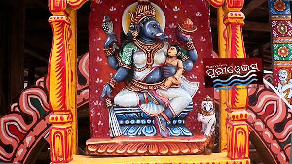 Mother Barahi Parswa Debi of chariot Darpadalana Om hreem varahi hari Om