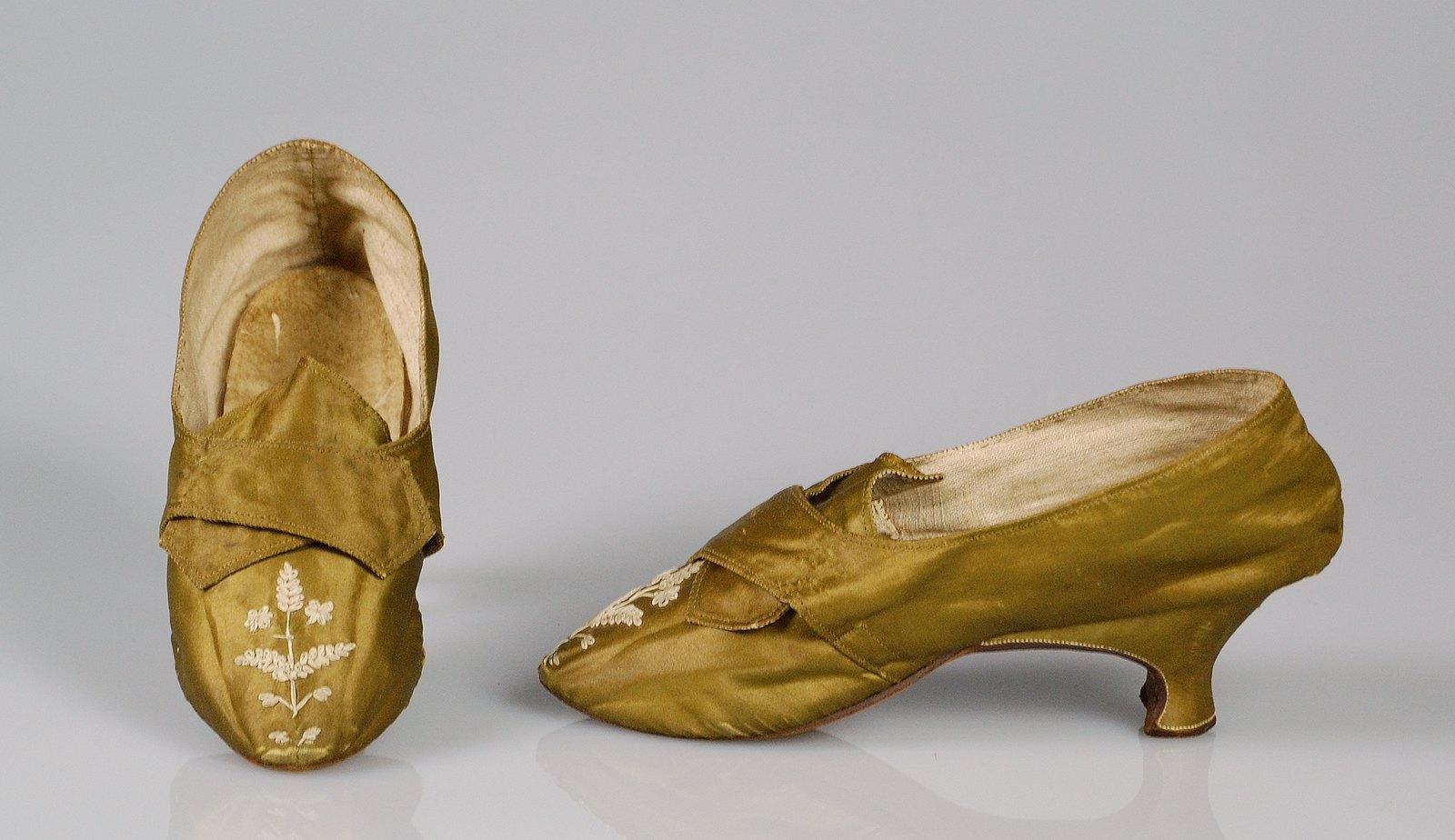 1789. European. Silk
