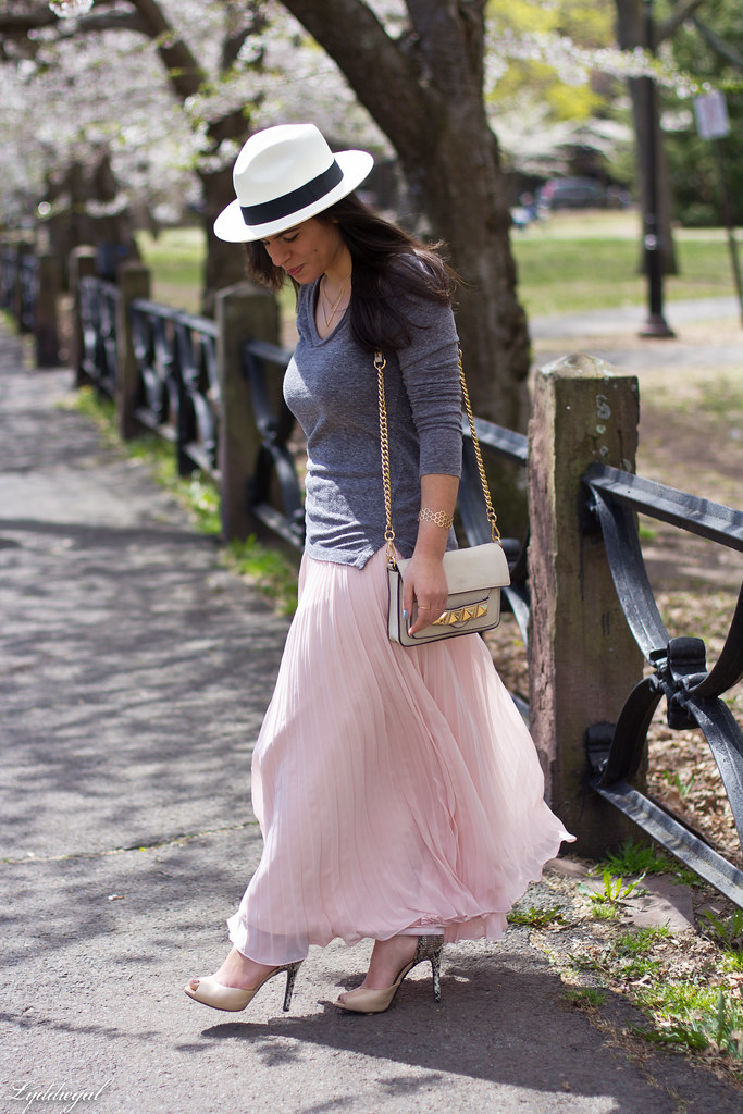 pleated maxi skirt, grey tee, panama hat-9.jpg