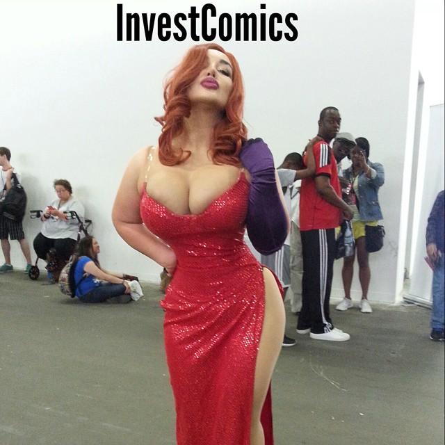 Jessica Rabbit at Special Edition New York Con 2015. #InvestComics #SENYC #Cosplay #Cosplayers #jessicarabbit