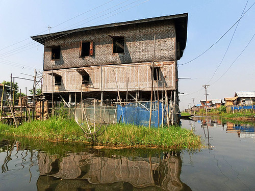 Myanmar: Jezero Inle aneb Jak utéci před turistickým ruchem