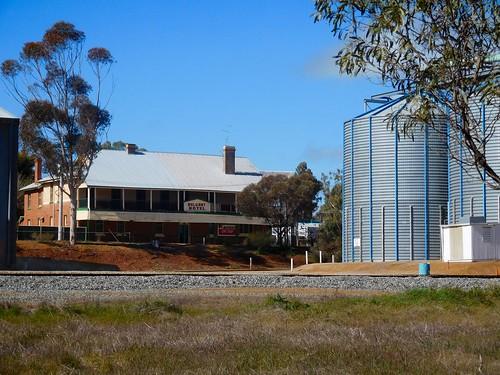Bolgart Hotel and CBH grain depot