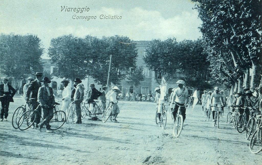 Viareggio convegno ciclistico (cartolina)