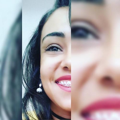 Depois como Sempre, limpei  O rosto, coloquei Meu melhor sorriso E continuei sem olhar Para trás 😊 👣 💭🍃