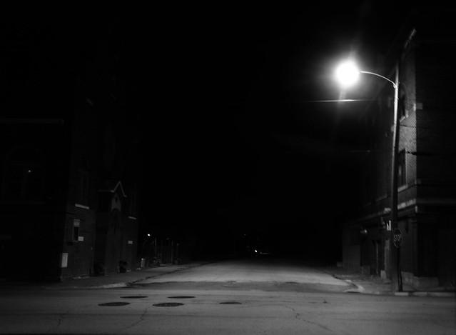 STREET B/W