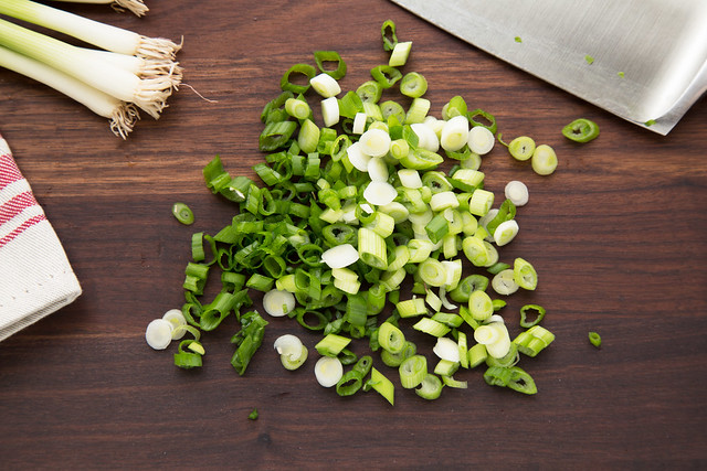sliced scallions