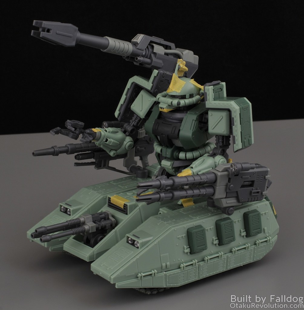 Motor King - 1-100 Zaku Tank Review 11