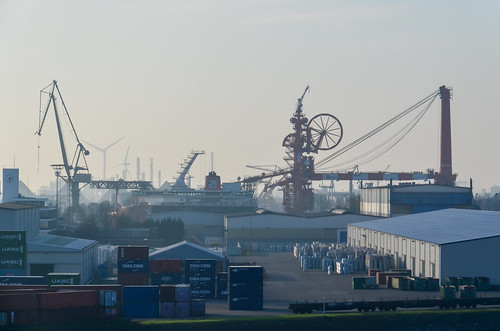 Keppel Verolme shipbuilding in the port of Rotterdam