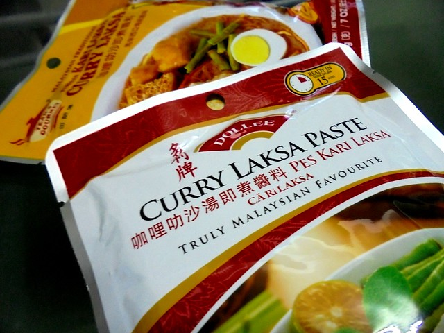Dollee curry laksa paste