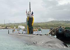 USS Topeka (SSN 754) pulls into Apra Harbor, May 29. (U.S. Navy/JoAnna Delfin)