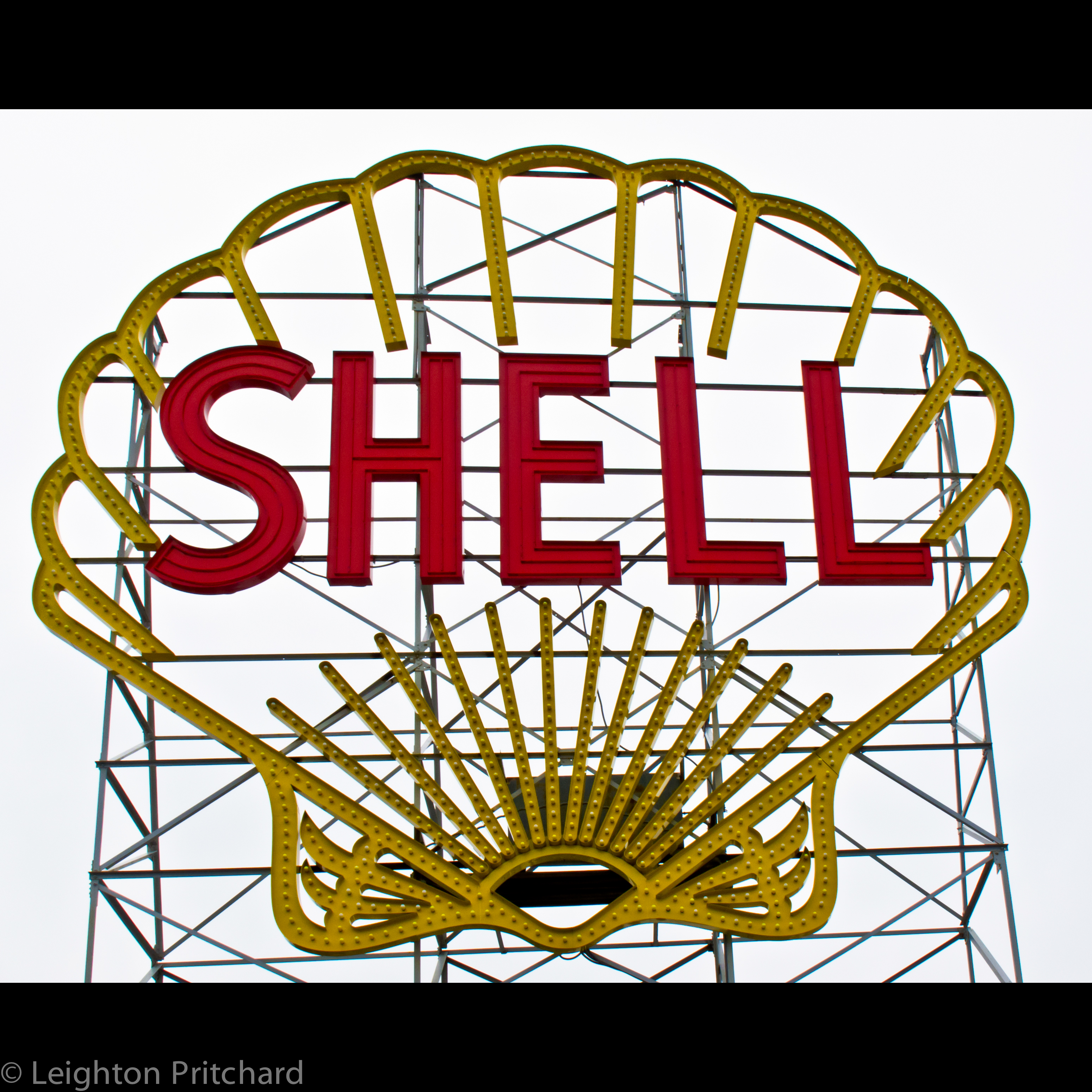 Shell Garages: Shell Garage, Magazine Beach, Cambridge MA. I Wish