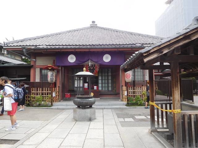 浅草、大行院の本堂