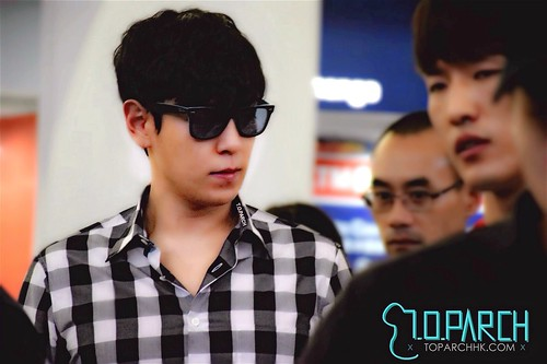 TOP-HongKongAirport-26sep2014-Fansite-TOPARCH_HK-02