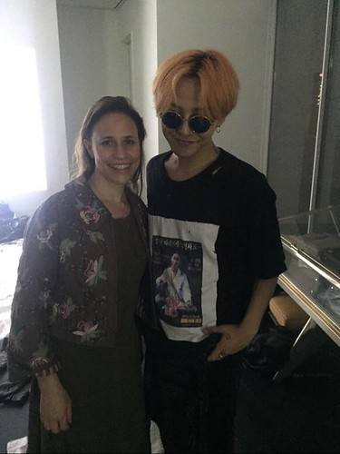 GD Natasha_Fashion Twitter 2015-07-23 2