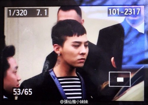 G-Dragon Chanel Haute Coutoure at Grand Palais Paris 2016-01-26 credit on pic (1)