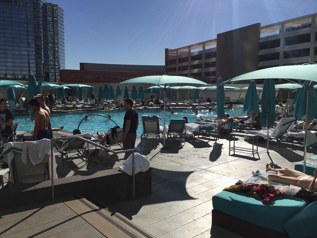Pool at Vdara