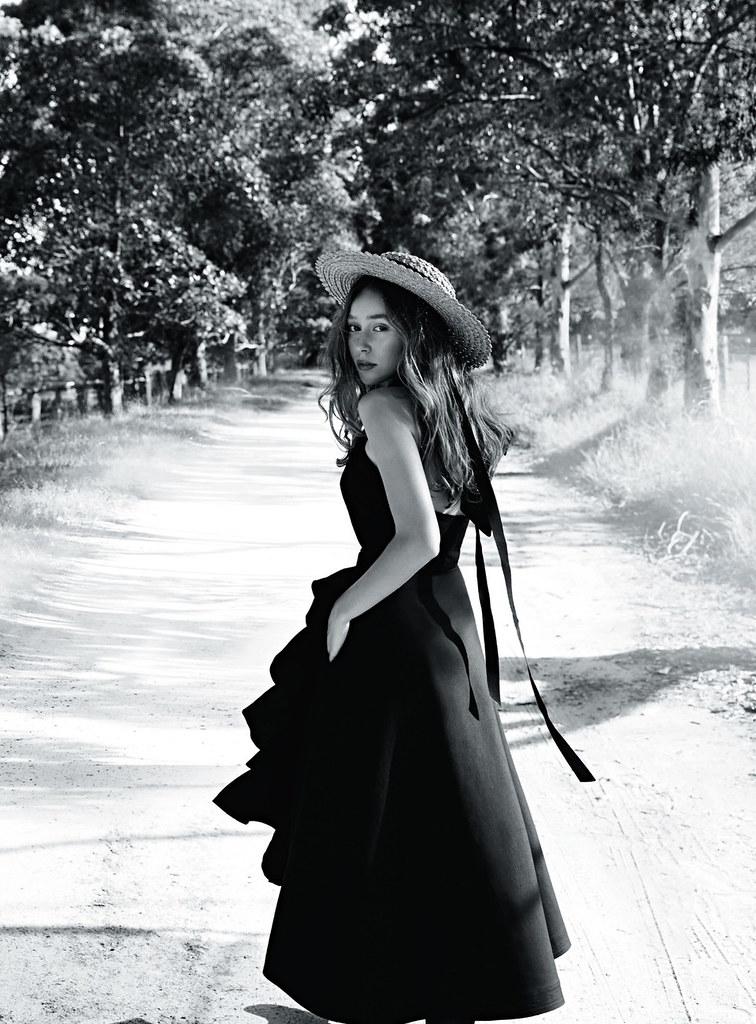Алисия Дебнем-Кери — Фотосессия для «Vogue» AU 2016 – 4