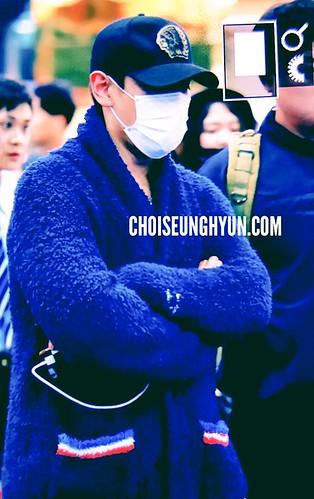 BIGBANG departure Macao to Seoul 2015-10-26 choidot (2)