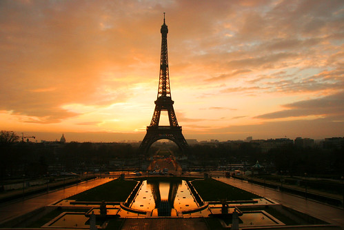 Fotografia di tramonto alla Torre Eiffel