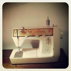 Ready, set... go! #sewing #Singer #vintage #sewingmachine #DIY