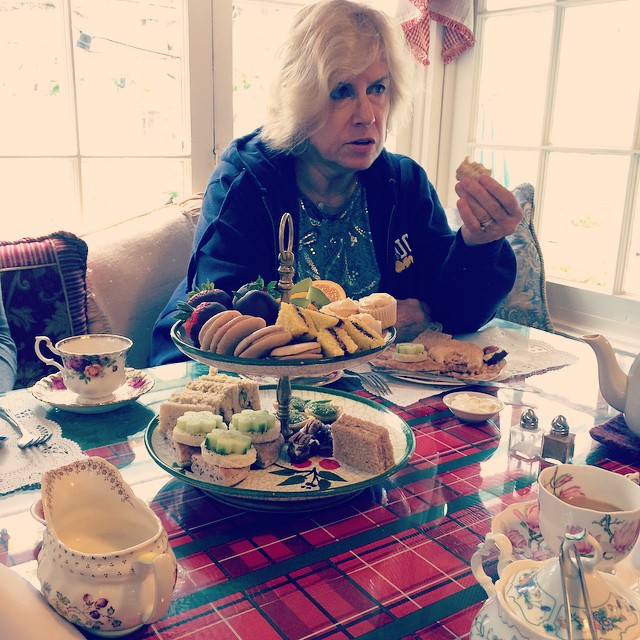 Having tea with my mama for Mother's Day!