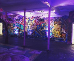 The artwork inside @blindwhino was :banana::banana::banana:'s. See all I was able to capture at PsychoPandaStreetwear.com :panda_face::registered: #Artwork #creativity #painting #dmv #illest #igdaily #StreetStyle #exclusive #lovewhatyoudo #streetart #clas