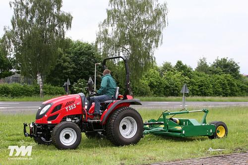 TYM Traktor 353 HST