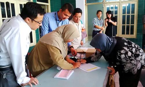 Penyaluran Bantuan PKH melalui LKD, Kab Pasuruan, Jawa Tim