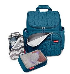 aqua(0.0), cobalt blue(0.0), bag(1.0), hand luggage(1.0), azure(1.0), electric blue(1.0),
