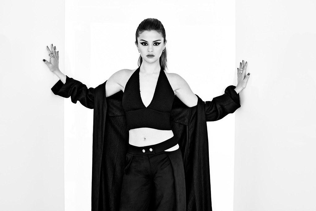 Селена Гомес — Фотосессия для «The Hollywood Reporter» 2016 – 1