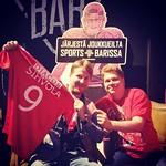 Vasemmalla Sihvolan pelipaidan voittaja ja oikealla #HIFKfotboll kausarin voittaja. Onnea kilpailun voittajille. #casinosportsbar #veikkausliiga #casinohelsinki #hifk #hifklive