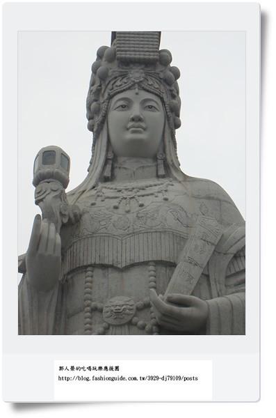 53 巨神像10