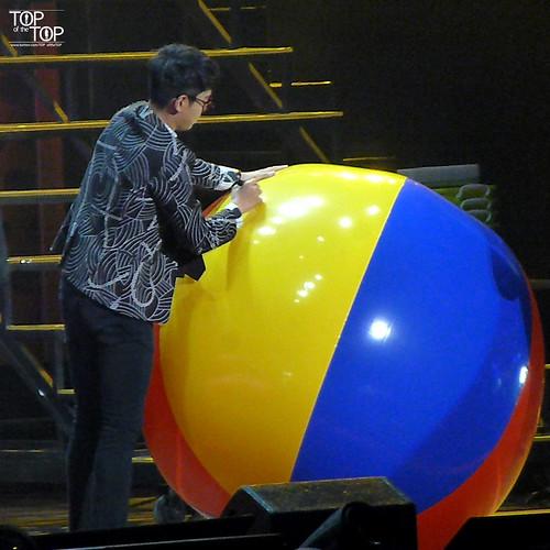TOP_oftheTOP-BIGBANG_FM_Beijing_Day3_2016-07-17_05