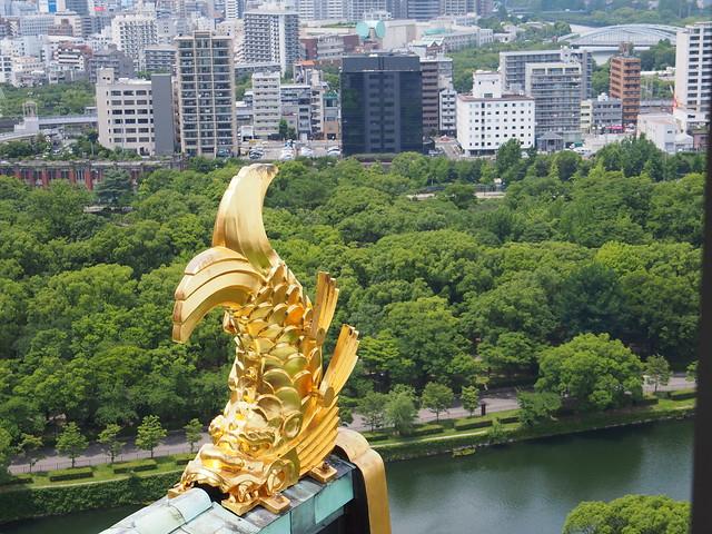 大阪天守閣的魚虎瓦