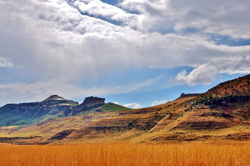 africa field clouds rural landscape southafrica nikon hills rainy vista bluffs freestate 18200mm d90 stevelamb phuthaditjhaba