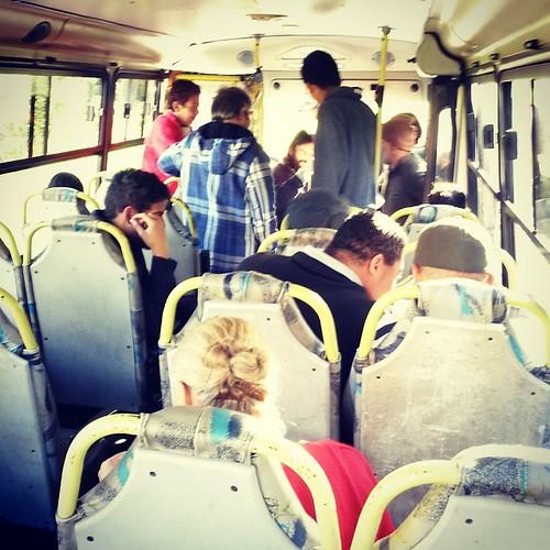 #linhapopular Dentro do ônibus.   Foto: Olegário A. Filho.