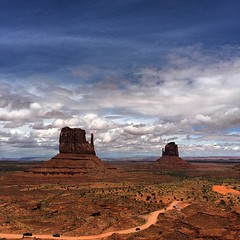 The iconic east and west mittens at Monument Valley #arizona #navajonation #monumentvalley #eastmitten #westmitten #wildwildwest #desert #iphone6plus