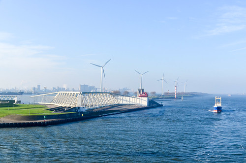 Sailing through the Maeslantkering, the Rotterdam storm surge barrier