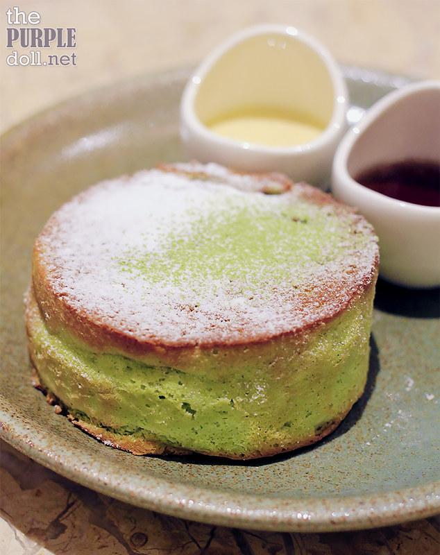 Matcha Souffle Pancake