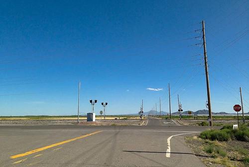 road railroad arizona usa highway powerline maricopa gradecrossing