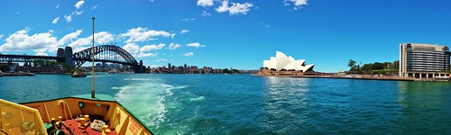 Heading back to Sydney on the Manly Ferry