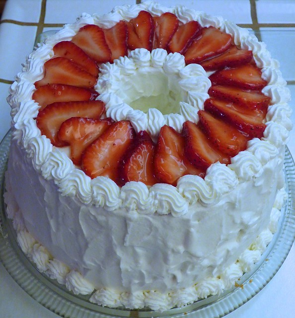 Strawberry Whipped Cream Cake - a photo on Flickriver