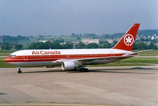 Air Canada  Boeing 767-233(ER) C-GDSY