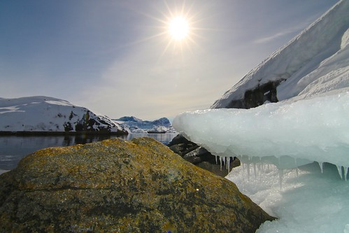 light sky sun snow ice expedition nature rock landscape ship view north spot arctic greenland fjord rembrandt skitouring danemark northpole groenland clicheforu christianpetit chasingice oceanwideexpedition rembrandtship adrenalineverbier gilbertcrettaz